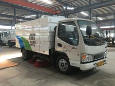 JAC 4000liters road sweeper truck