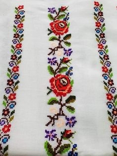 Polish Embroidery, Hand Embroidery Art, Ribbon Embroidery, Cross Stitch Embroidery, Machine Embroidery Designs, Embroidery Patterns, Cross Stitch Borders, Cross Stitch Rose, Cross Stitch Flowers