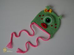 Beanie for newborn. Green Monster Hat Ready to ship Baby Knitting, Crochet Baby, Monster Hat, Rhinestone Shirts, Green Monsters, Baby Girl Hats, Newborn Photo Props, Kids Hats, Baby Booties