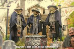 ---My Favorite...Stolloween, three witches. I WILL Make these within the next 5 years.