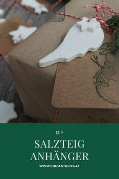 Salzteiganhänger sehen nicht nur wunderschön aus, sie sind auch eine schöne Bastelidee für die Weihnachtszeit. #bastelidee #weihnachtsgeschenk #weihnachtsanhänger #salzteig #salzteiganhänger #anhängerfürgeschenke #geschenkanhänger #diy #selbstgemachtegeschenke #bastelidee #geschenkeselbermachenweihnachten #weihnachten #geschenkidee Lion, Diy Gifts, Christmas Time, Christmas Presents, Christmas, Crafting, Leo, Lions