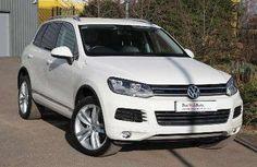 Used 2011 (61 reg) Campanella White Volkswagen Touareg 3.0 V6 TDI 240 Altitude 5dr Tip Auto for sale on RAC Cars