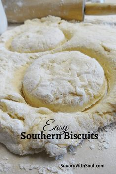 Easy Baking Recipes, Cooking Recipes, Recipes With Biscuit Dough, Bisquit Recipes, Bread Recipes, Homemade Biscuits Recipe, Homemade Breads, Biscuit Bread, Flaky Biscuits