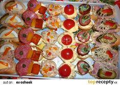Silvestrovské pohoštění recept - TopRecepty.cz Vegetable Pizza, Sushi, Food And Drink, Appetizers, Vegetables, Ethnic Recipes, Brownies, Parties, Raspberries
