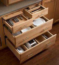 Storage Solutions Details - Base Cooking Center - KraftMaid