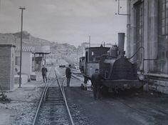 """Locomotora (Couillet 770/ 1884 ) 030T nº32 """"Cascante"""" en los talleres de Arnedo el 10 de abril de 1965(Foto Jeremy Wiseman)"""