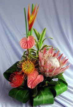 Sensational Spring Proteas flowers assortment