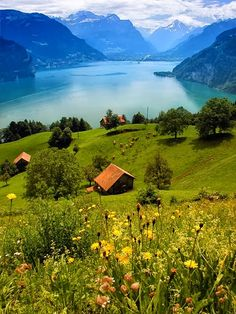 Lake Lucern, Switzerland. Our tips for 25 fun things to do in Switzerland: http://www.europealacarte.co.uk/blog/2012/02/13/what-to-do-in-switzerland/