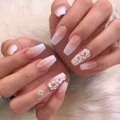 30 Coolest Nailart Designs And Ideas You Must Try - Page 3 of 3 - Style O Check - Ongles 03 3d Flower Nails, Flower Nail Designs, French Nail Designs, Acrylic Nail Designs, Nail Art Designs, Cute Nails, Pretty Nails, My Nails, Glitter Nails