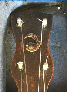1930s Windsor Whirle banjolele Banjo Ukulele, Windsor, 1930s, Logos, Vintage, Art, Art Background, Logo, Kunst