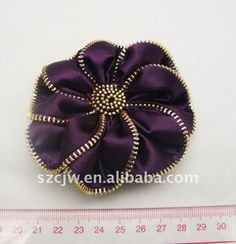 Hot selling Fashion Metal Zip Flower Brooch with Fabric