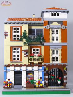 Brick Town Talk: August 2010 - LEGO Town, Architecture, Building Tips, Inspiration Ideas, and more!