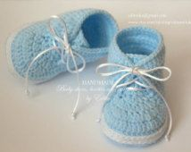 Crochet baby booties, baby boy shoes, boots, sneakers, blue, white, READY TO SHIP, photo prop, size 3-6 months, gift