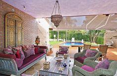Villa In Sought After Area - Villa, Hacienda las Chapas, Marbella East