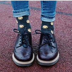 #style #smile #boots #cute