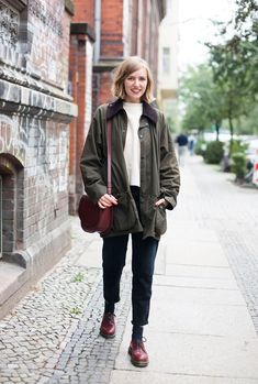 Outfit // Knöcheltief im Herbst - Jane Wayne News this is jane wayne New Outfits, Casual Outfits, Fashion Outfits, Womens Fashion, Fall Winter Outfits, Autumn Winter Fashion, Barbour Jacket Women, Barbour Jacket Outfit, Dr Martens Outfit