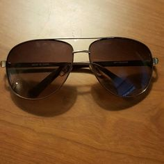 Aviator Sunglasses Has studded texture on the sides super cute. Accessories Glasses