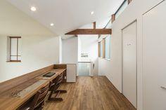 五日市の家 | WORKS WISE 岐阜の設計事務所 Zen Interiors, Home Office Design, Rooms, Cabinet, Storage, Furniture, Home Decor, Bedrooms, Clothes Stand