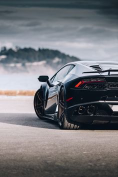 Top 20 Fastest Cars in the World [Best Picture Fastest Sports Cars] Lamborghini Huracan-Tap The link Now For More Information on… Luxury cars from Ferrari, Lamborghini, BMW, Mercedes, etc. Sports cars with incredible speed. Luxury Sports Cars, Fast Sports Cars, Best Luxury Cars, Super Sport Cars, Fast Cars, Lamborghini Veneno, Huracan Lamborghini, Ferrari Car, Koenigsegg