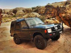 Discovery | Land Rover | improbabilityofpi | Flickr