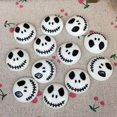 10Pieces Flat Back Resin Cabochon Skeleton For Halloween DIY Flatback Embellishment Accessories Scrapbooking Crafts:25mm