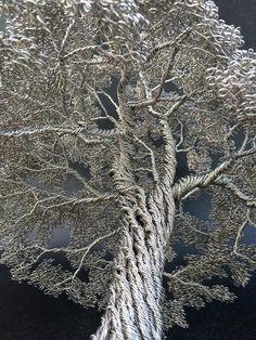 CONOCIMIENTO, APRENDIZAJE [+]: Arte: Crean hermosos arboles hechos únicamente con alambre.