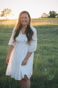 New Home and New Beginnings- Anthropologie White Field Dress in Texas- Simply Poised Fashion @rachellaurenlucy