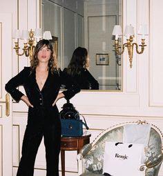 Αποτέλεσμα εικόνας για jeanne damas suit