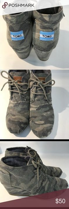 🎉🎉🎉CAMO TOMS DESERT WEDGES EUC🎉🎉🎉 Cute and Fun Ankle booties size 7.5 TOMS Shoes Ankle Boots & Booties