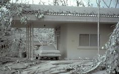http://volcanoes.usgs.gov/ash/build f/32923351-028_large.jpg Mt. Pinatubo