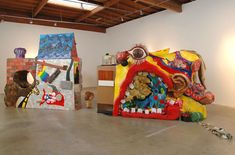 Ryan Trecartin – World Wall (Front) – 2006 – Mixed Media – 254 x 747 x 150 cm
