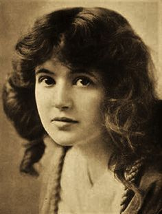 MARGUERITE CLARK (1883-1940) was an American stage and silent film actress (as a movie actress, at one time, Clark was second only to Mary Pickford in popularity). She soon made her Broadway debut in 1900, performing in several venues. In 1912 she performed in a lead role with John Barrymore,  in the play The Affairs of Anatol. (see other pin for more info)