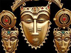 Book Piece Avon Tribal Mask Demi Set Rhinestone Gold Brooch Earrings Vintage | eBay