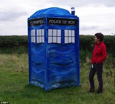 It's Doctor Loo! How to make a porta potty look like a Tardis for an outdoor wedding of geeky proportions. Original story from photo: Louise Possegger, pictured, found that a portaloo dumped in her farm had transformed into a tardis.