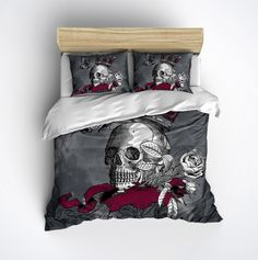 Lightweight Skull Bedding -  Skull and Crown Design - Comforter Cover - Skull Duvet Cover, Skull Bedding Set