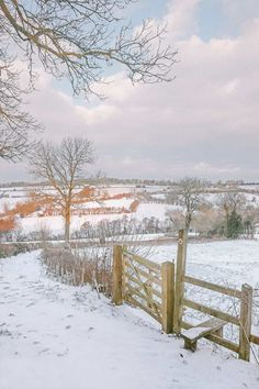 14 Best Places In The Cotswolds You Should Visit Winter Photography, Nature Photography, Levitation Photography, Exposure Photography, Beach Photography, Abstract Photography, Winter Painting, Winter Scenery, Winter Magic