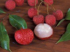 Você sabia que das 20 frutas mais comercializadas no Brasil, apenas três são nativas de nosso país?