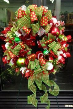 Christmas Wreath Ideas | Holiday wreathe | Wreath Ideas