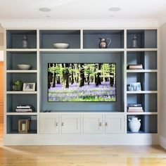 Tv wall unit, tv built in, wall units for tv, living room wall Living Room Wall Units, Living Room Built Ins, Home Living Room, Living Room Designs, Living Room Decor, Wall Units For Tv, Built In Tv Wall Unit, Tv Built In, Tv Units