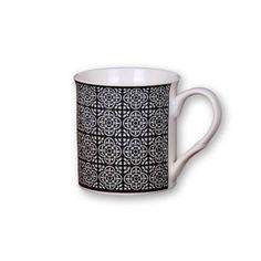 300 ml-es virágmintás fekete bögre Minion, Mugs, Tableware, Dinnerware, Tumblers, Tablewares, Minions, Mug, Dishes