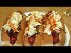 Carolina Hot Dog - Hot Dog with Chili and Cole Slaw