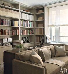 Trendy Home Office Library Guest Room Ideas Living Area, Living Room Decor, Living Spaces, Living Room With Desk, Bookshelf Living Room, Bookshelf Wall, Bookcase Door, Bookshelf Design, Cozy Living