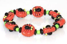Eek Lampwork Spider Bead Bracelet Tutorial