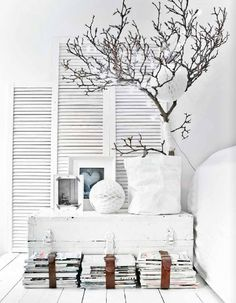 white home decor inspiration Home Interior, Interior Styling, Interior And Exterior, Interior Decorating, Design Scandinavian, Sweet Home, White Rooms, White Bedroom, Home And Deco