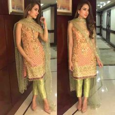 Alizeh Gabol looks chic in a and ensemble at a recent wedding in Karachi Pakistani Couture, Pakistani Outfits, Indian Outfits, Indian Attire, Indian Wear, Trajes Pakistani, Look 2017, Look Short, Pakistan Fashion