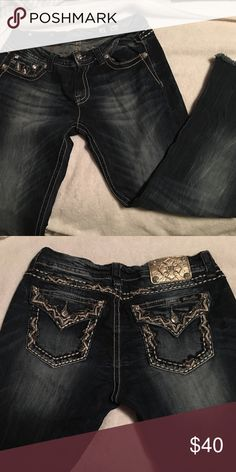 Miss Me jeans Miss Me Jeans: mid rise/ easy cropped Miss Me Jeans Ankle & Cropped