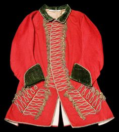 Scottish Hunting coat at the Glasgow Museums, Glasgow Vintage Dresses, Vintage Outfits, Vintage Fashion, Love Fashion, Mens Fashion, Military Looks, 18th Century Costume, Passementerie, Period Outfit