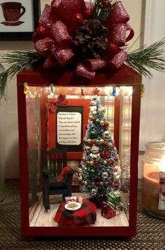 26 Economical and Inexpensive Christmas Centerpieces Ideas – Unique Christmas Decorations DIY Best Outdoor Christmas Decorations, Lantern Christmas Decor, Xmas Decorations, Lantern Diy, Lantern Crafts, Diy Christmas Centerpieces, Decoration Crafts, Centerpiece Ideas, Christmas In Heaven
