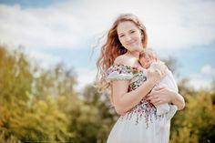Портфолио - Новорожденные - Ожидание малыша, то это самое волшебное время, когда мама чувствует, как зарождается новая жизнь.  И этот момент такой трогательный, нежный, красивый, что хочется сохранить его в фотоистории семьи. Фотосессия беременности может проводиться вместе с мужем и старшими детишками. С появлением новорожденного в вашей жизни все меняется. Жизнь наполняется новым смыслом, новыми радостями и новыми улыбками. Первые две недели - самое лучшее время для фотосъемки…