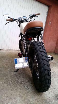 Suzuki Scrambler - Page 9 Concept Motorcycles, Custom Motorcycles, Custom Bikes, Suzuki 125, Honda 125, Yamaha Cafe Racer, Ducati Scrambler, Bobber, Enduro Motorcycle